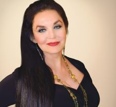 Crystal Gayle at Seminole Casino Hotel